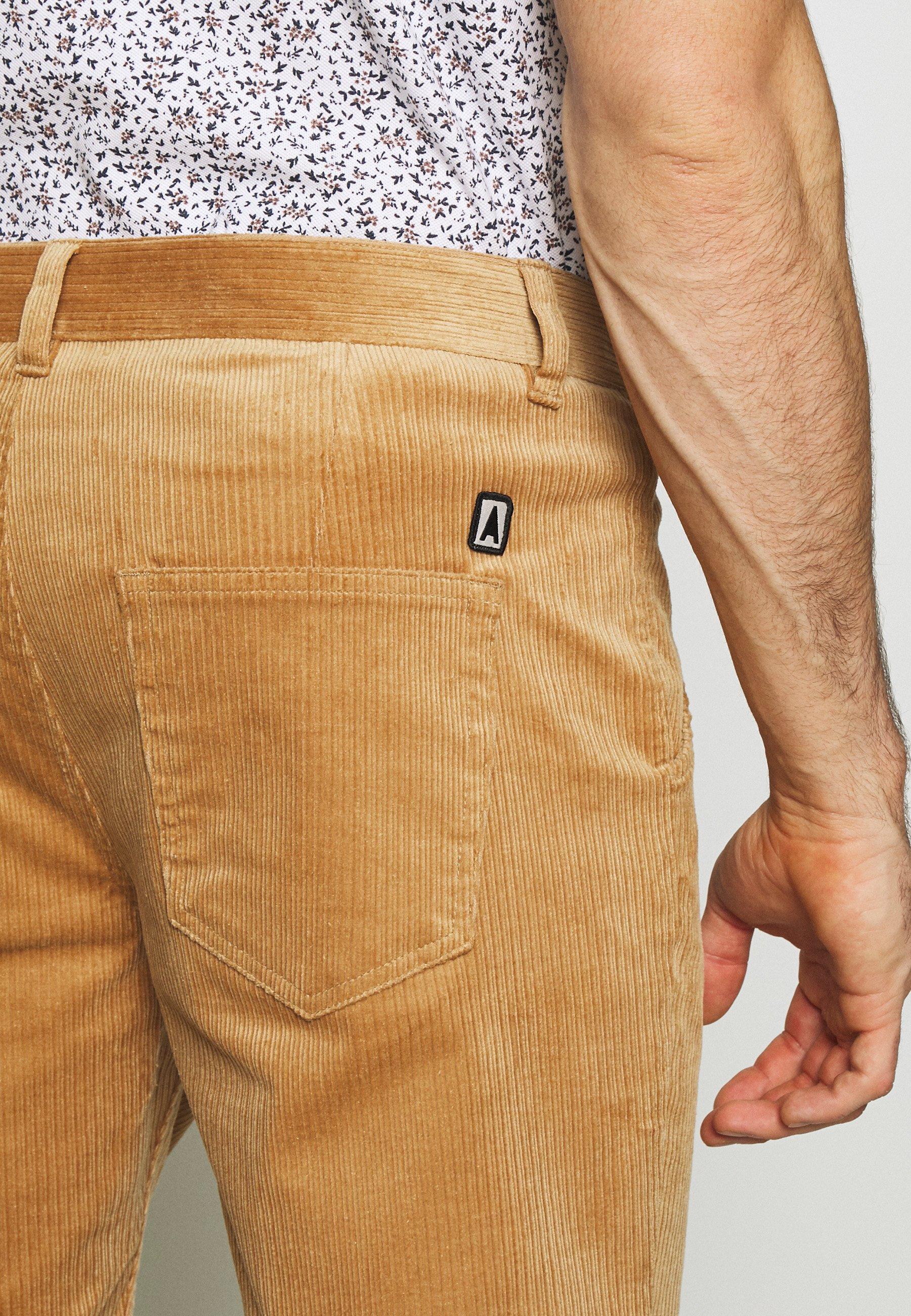 Anerkjendt AKCARLO - Shorts - tannin