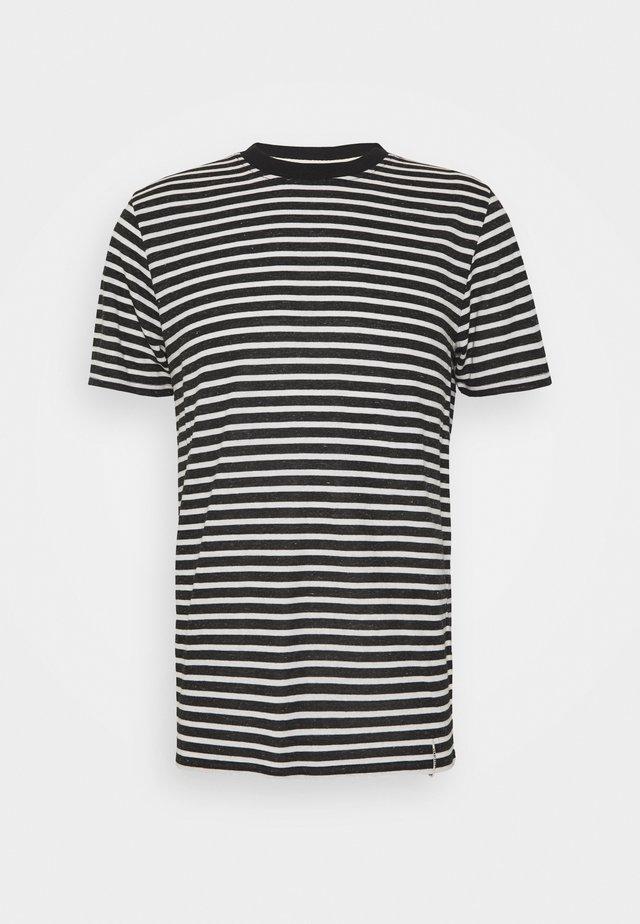 AKROD - T-shirts print - caviar