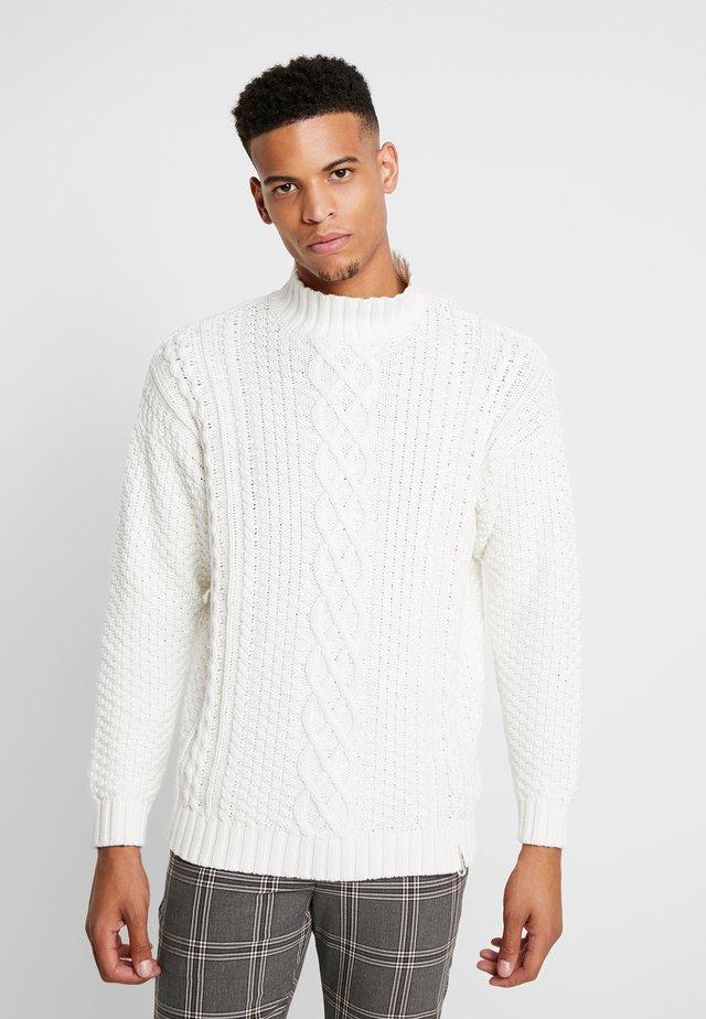 AKNOEL  - Trui - white