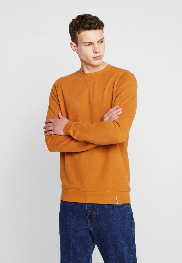 AKNOX  - Sweatshirt - inca gold