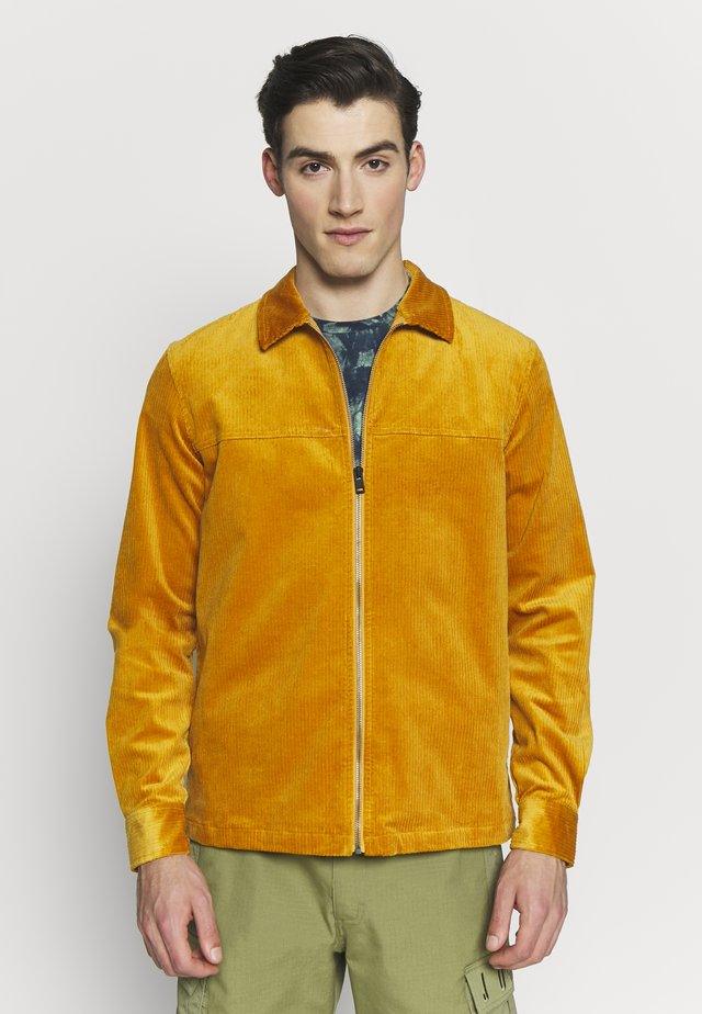 AKREMMI - Lehká bunda - inca gold