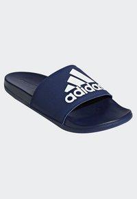 adidas Performance - ADILETTE CLOUDFOAM PLUS LOGO SLIDES - Badesandale - blue/white - 3