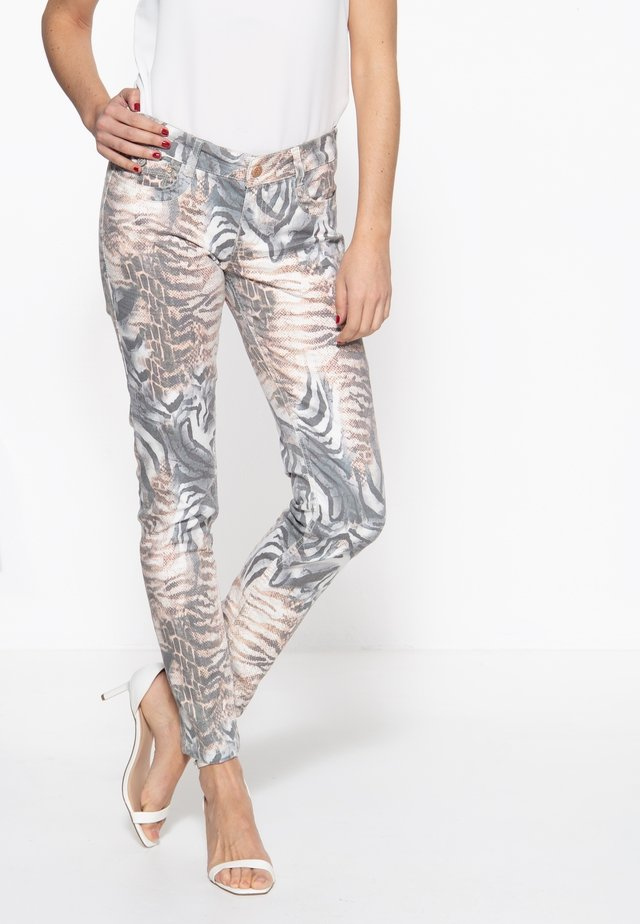 MIT ANIMALPRI - Slim fit jeans - gemustert