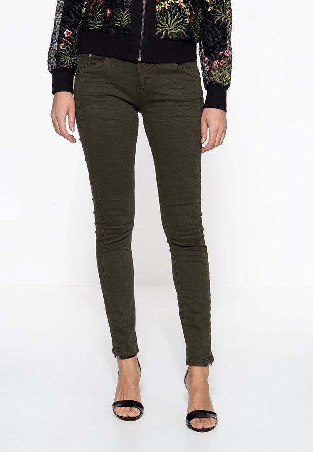 Slim fit jeans - dunkelgrün