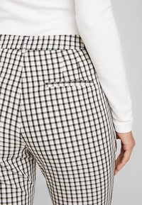 Aaiko - PARIEN CHECK - Trousers - nude - 5