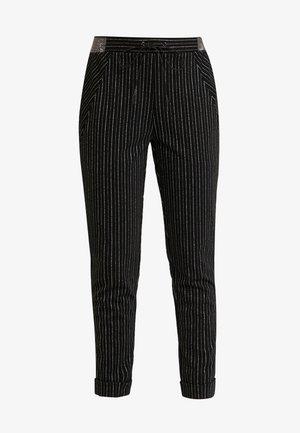 PHIEN - Spodnie materiałowe - black