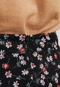 Aaiko - CAYA - Maxi sukně - black - 6