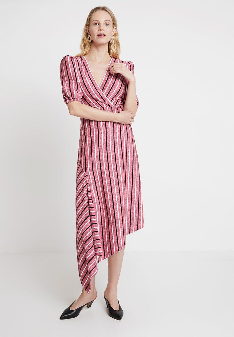 Aaiko - SONDI - Maxi dress - crocus