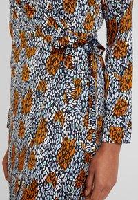 Aaiko - CAMO - Shirt dress - ginger - 5
