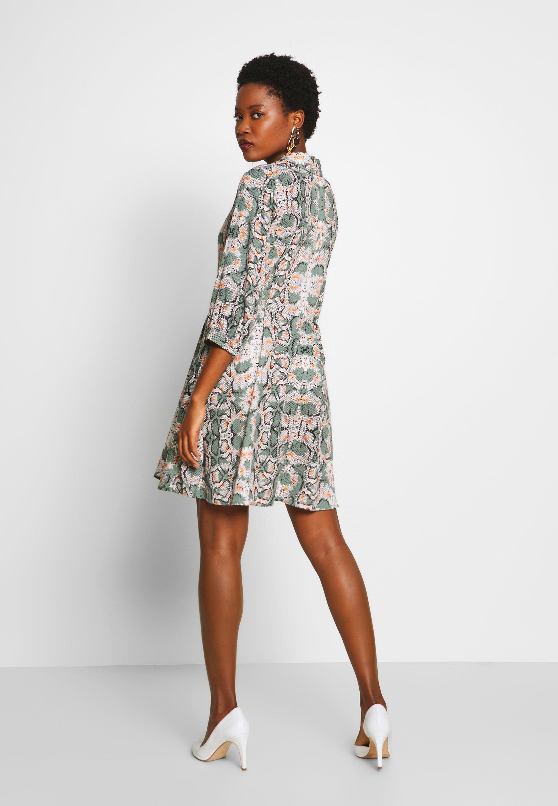 Aaiko TERRI - Jerseyklänning - light steel green
