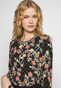 Aaiko - SINDY FLOWER - Long sleeved top - black - 4