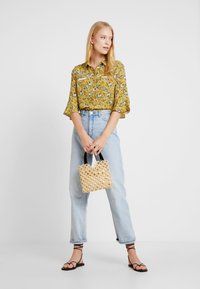 Aaiko - SILIE - Button-down blouse - golden olive - 1
