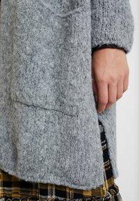 Aaiko - TROY - Cardigan - light grey - 4