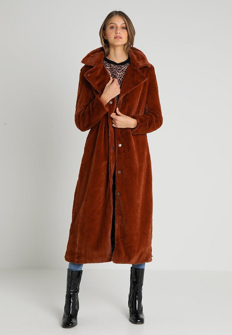 Aaiko - FURY - Wintermantel - foxy rust