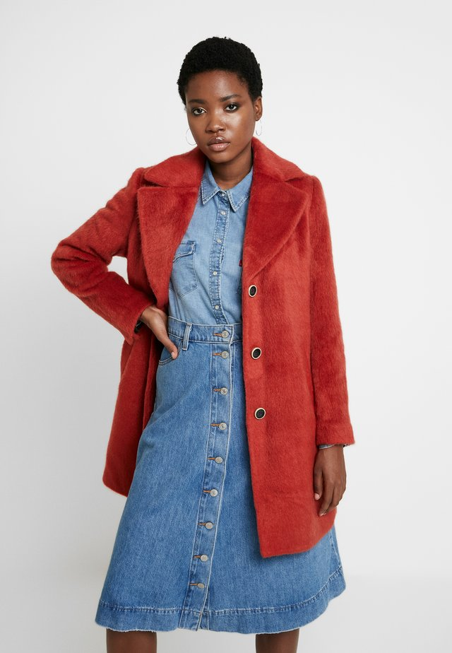 ISKO HAIRY RAY - Short coat - coral