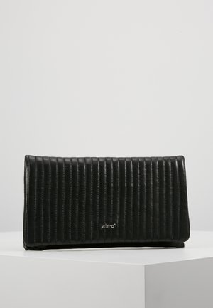 Clutches - black