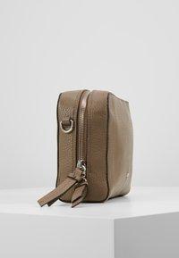 Abro - Across body bag - taupe - 3