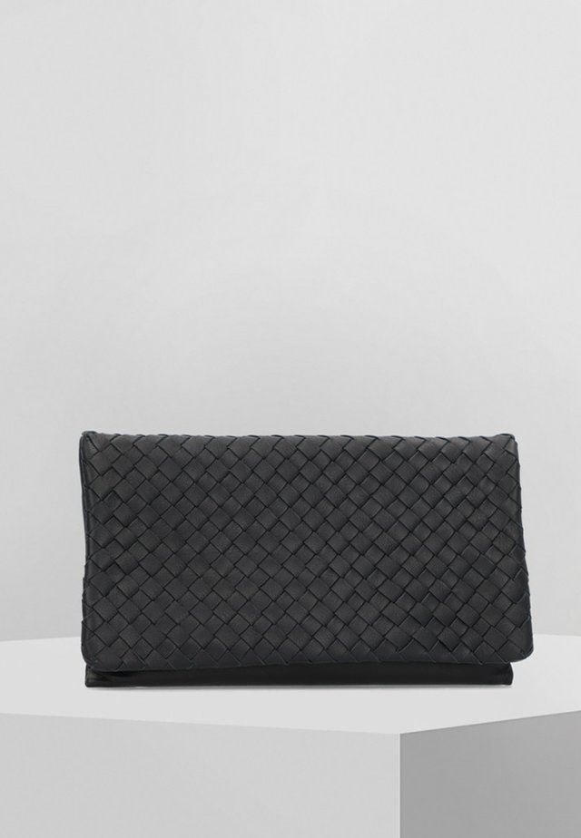 PIUMA WEAVING - Clutch - black/nickel