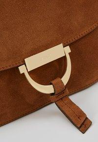 Abro - Handbag - cuoio - 2