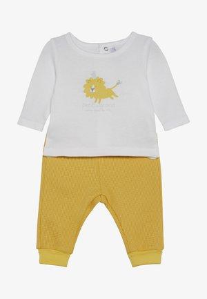 PANT - Kalhoty - jaune soleil