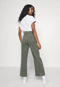 Abrand Jeans - A STREET ALINE - Bukse - gumnut - 2