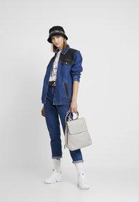 Abrand Jeans - A TINA JACKET - Denim jacket - debby - 1