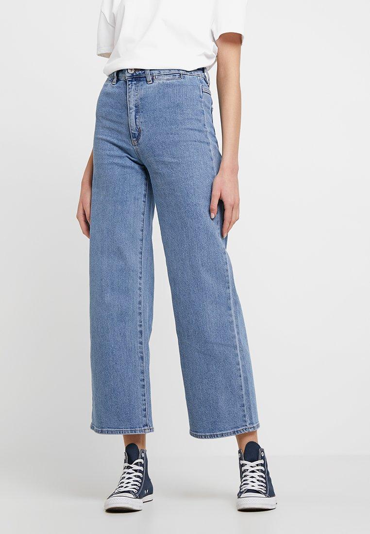 Abrand Jeans - A STREET ALINE - Široké džíny - blue denim