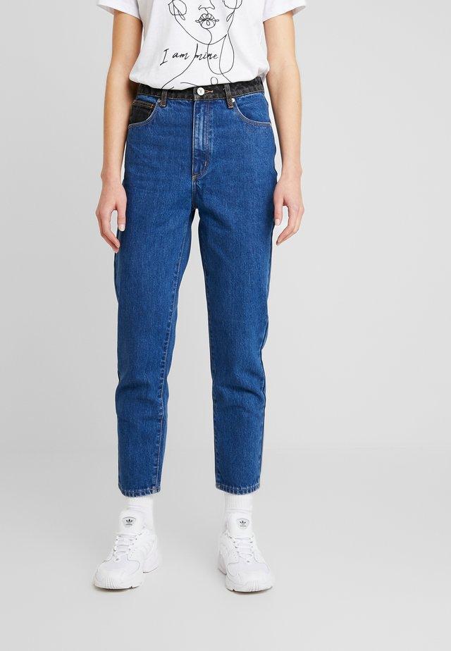 HIGH - Slim fit jeans - debby