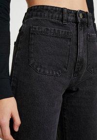 Abrand Jeans - STREET ALINE - Jeans a zampa - graphite - 3