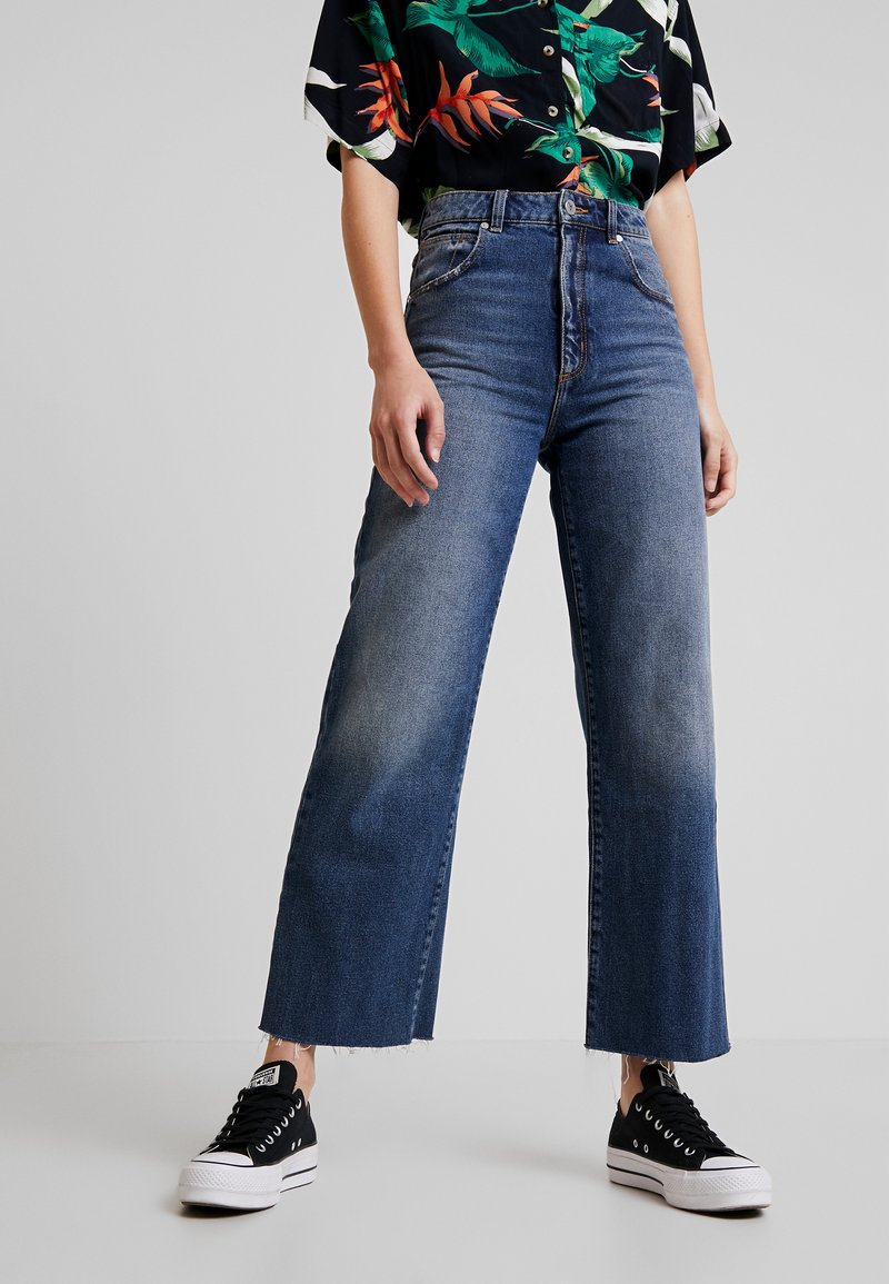 Abrand Jeans - JOSEPHINE SKRIVER A STREET ALINE - Flared jeans - danish blue