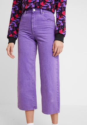 A STREET ALINE - Jeansy Straight Leg - grape