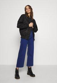 Abrand Jeans - STREET ALINE - Džíny Straight Fit - techno blue - 1