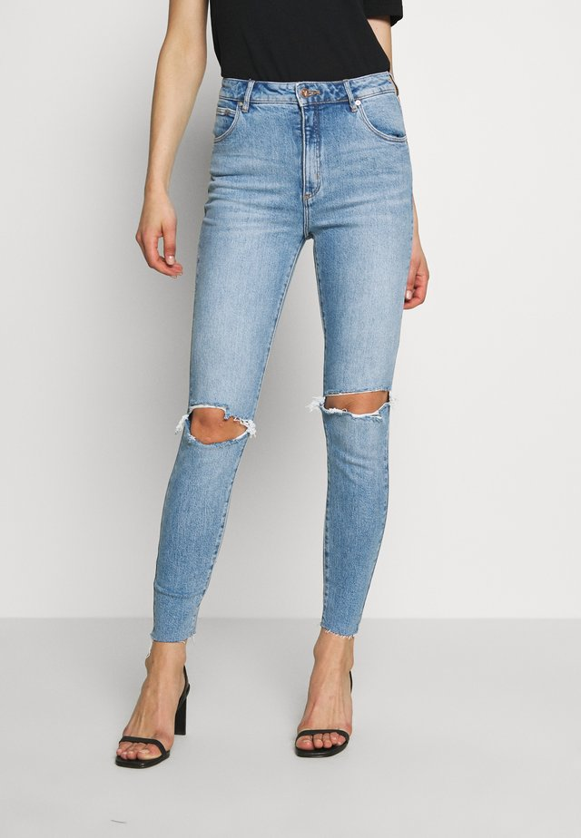 A HIGH ANKLE BASHER - Jeansy Skinny Fit - destroyed denim