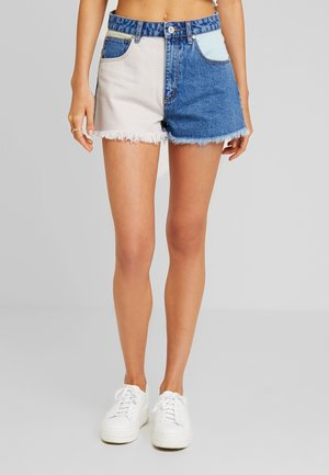 HIGH RELAXED - Shorts vaqueros - so fresh