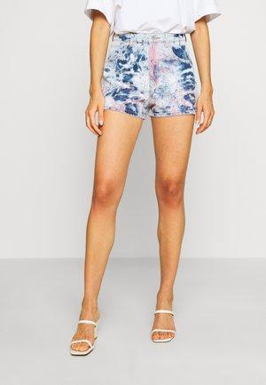 HIGH RELAXED  - Denim shorts - lovewaves