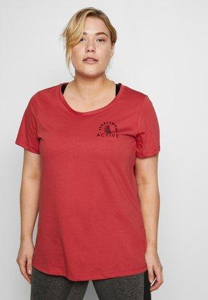 AMARIGOLD - Camiseta estampada - garnet rose