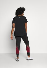 Active by Zizzi - AZIZZI LOGO - Camiseta estampada - black orange oil - 2