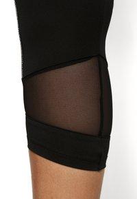 Active by Zizzi - ALURA KNICKERS - 3/4 sportovní kalhoty - black - 3