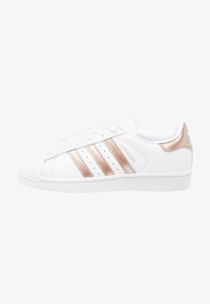 SUPERSTAR - Sneakersy niskie - footwear white/cyber metallic