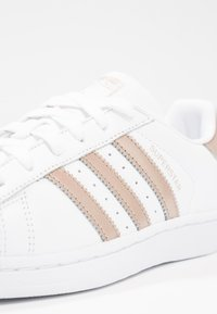 adidas Originals - SUPERSTAR - Sneakers - footwear white/cyber metallic - 5