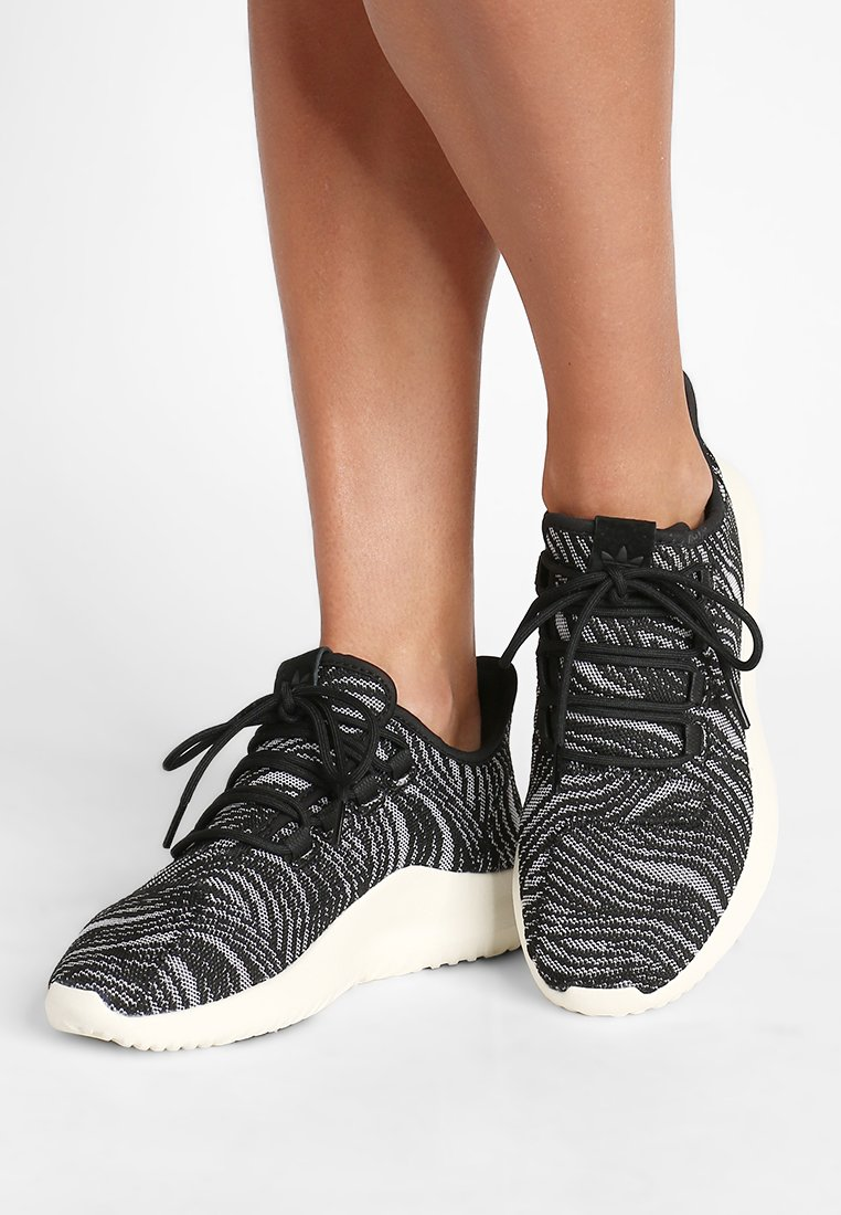 adidas Originals - TUBULAR SHADOW - Sneakers laag - black/offwhite