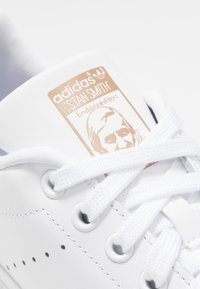 adidas Originals - STAN SMITH - Joggesko - footwear white/copper metallic - 2