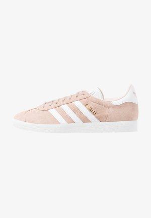 GAZELLE - Trainers - ash pearl/footwear white