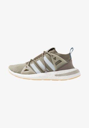 ARKYN - Sneaker low - trace cargo/blue tint/sesame