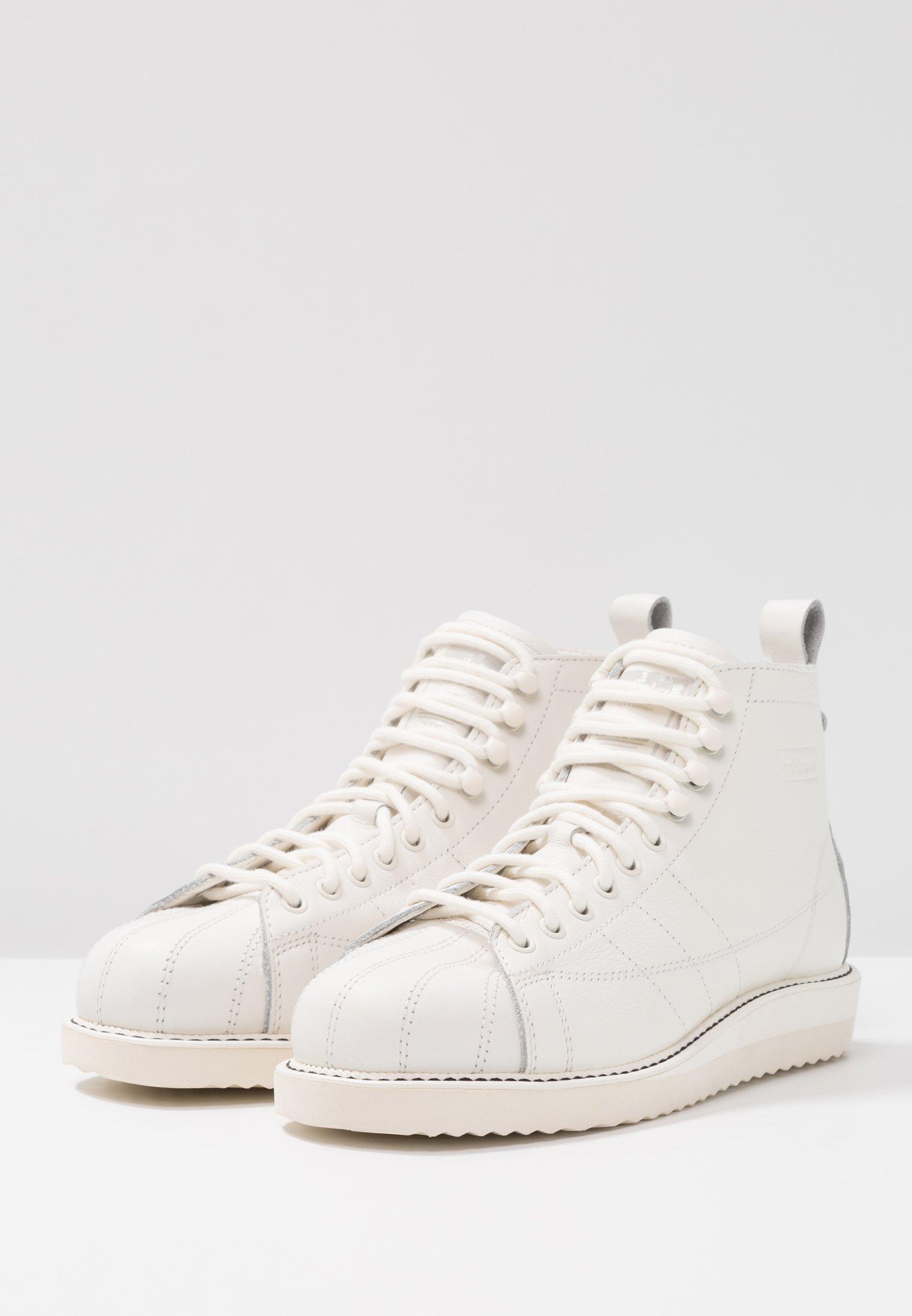 adidas Originals SUPERSTAR BOOT - Sneaker high - white - Black Friday