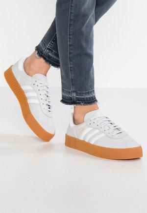 SAMBAROSE - Trainers - grey one/footwear white