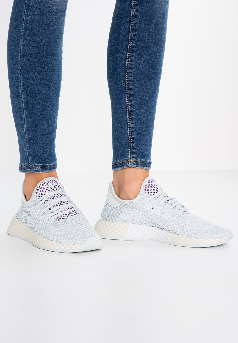 adidas Originals - DEERUPT RUNNER - Trainers - blue tint/ecru tint/active purple