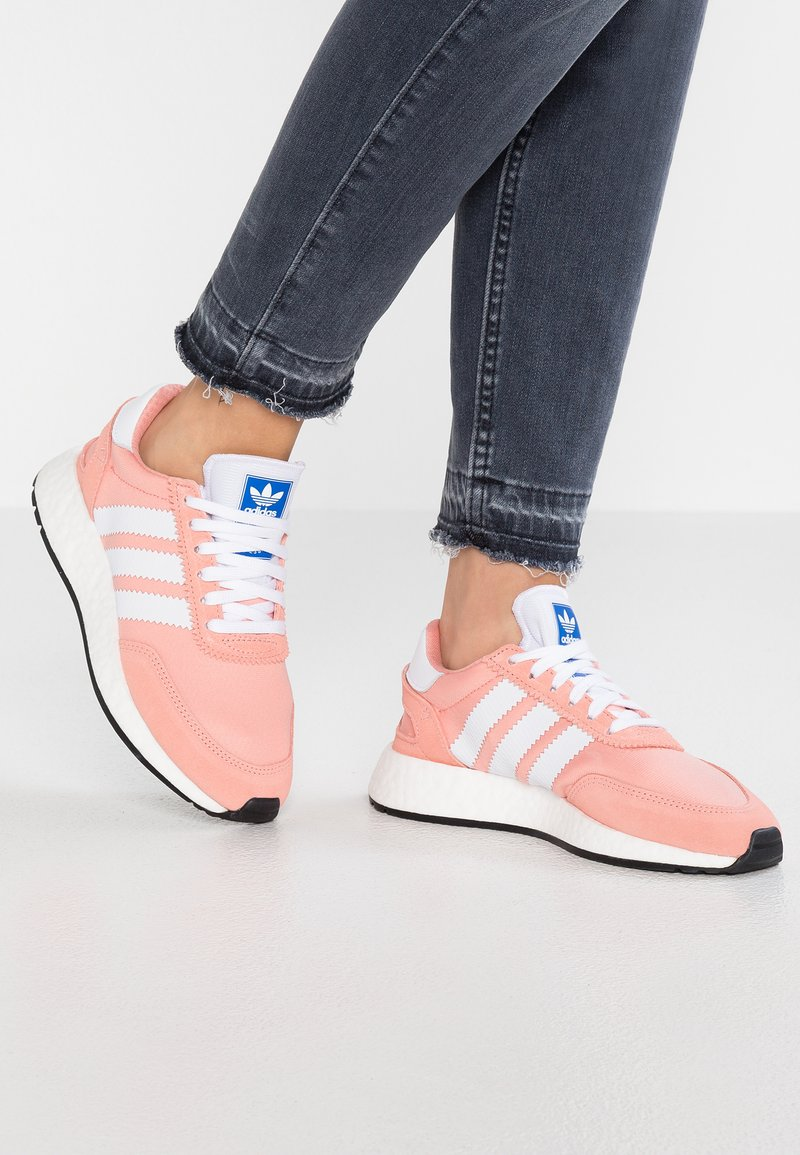 adidas Originals - I-5923 - Sneakers laag - trace pink/footwear white/core black