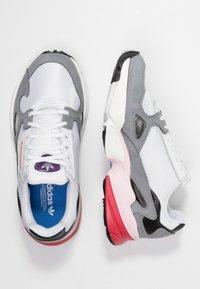 adidas Originals - FALCON - Baskets basses - footwear white/grey heather - 3