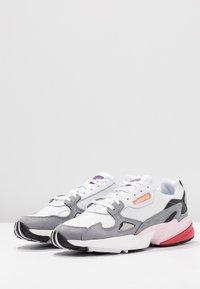 adidas Originals - FALCON - Baskets basses - footwear white/grey heather - 4